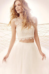 Hayley Paige 'Sunny Blush' size 14 new wedding dress front view close up on model