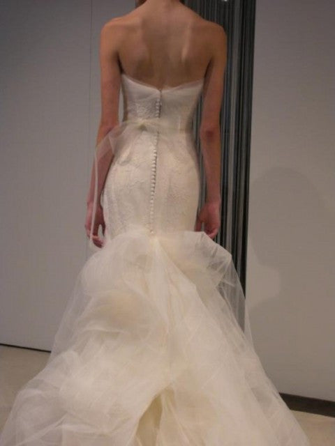 Vera Wang Georgina Trumpet Wedding Dress - Vera Wang - Nearly Newlywed Bridal Boutique - 3