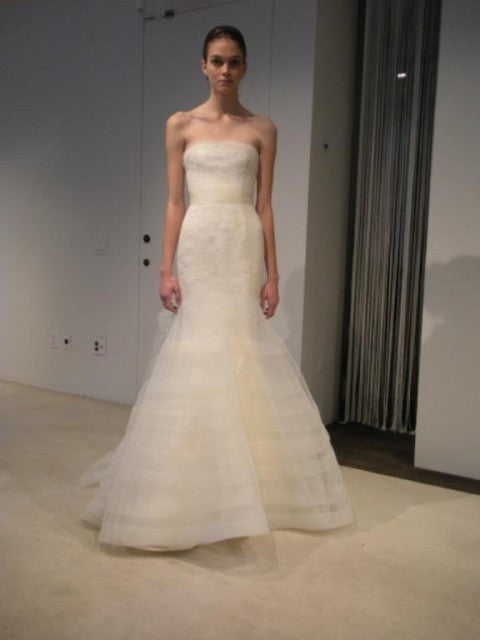 Vera Wang Georgina Trumpet Wedding Dress - Vera Wang - Nearly Newlywed Bridal Boutique - 2