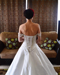 Alfred Sung '6572' size 4 used wedding dress back view on bride