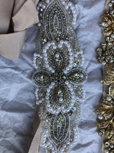 Load image into Gallery viewer, Stella York '6347' size 4 new wedding dress view of belts