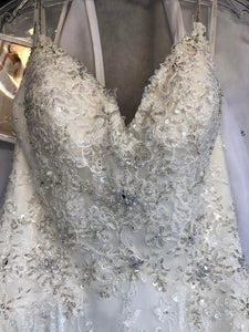 Stella York '6347' size 4 new wedding dress front view flat