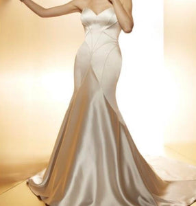 Matthew Christopher 'Vivian' size 8 new wedding dress front view on model