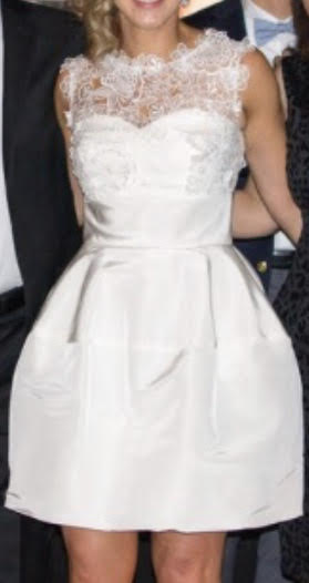 Oscar De La Renta 'Catherine Embroidered Silk Faille' size 4 used wedding dress front view on bride