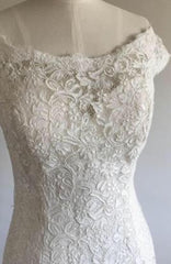 Maggie Sottero 'Amara Rose' size 6 used wedding dress front view close up on mannequin