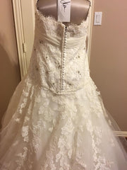 JLM Couture Alvina Valenta Floral & Tulle Wedding Dress - Alvina Valenta - Nearly Newlywed Bridal Boutique - 4