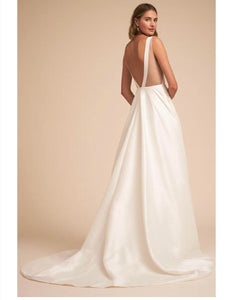 BHLDN 'Octavia' size 4 used wedding dress back view on model