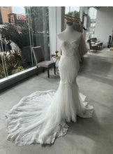 Load image into Gallery viewer, NettaBenShabu 'Custom' size 4 used wedding dress front view on mannequin
