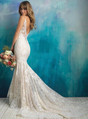 Allure Bridals '9501' size 8 sample wedding dress back view on model