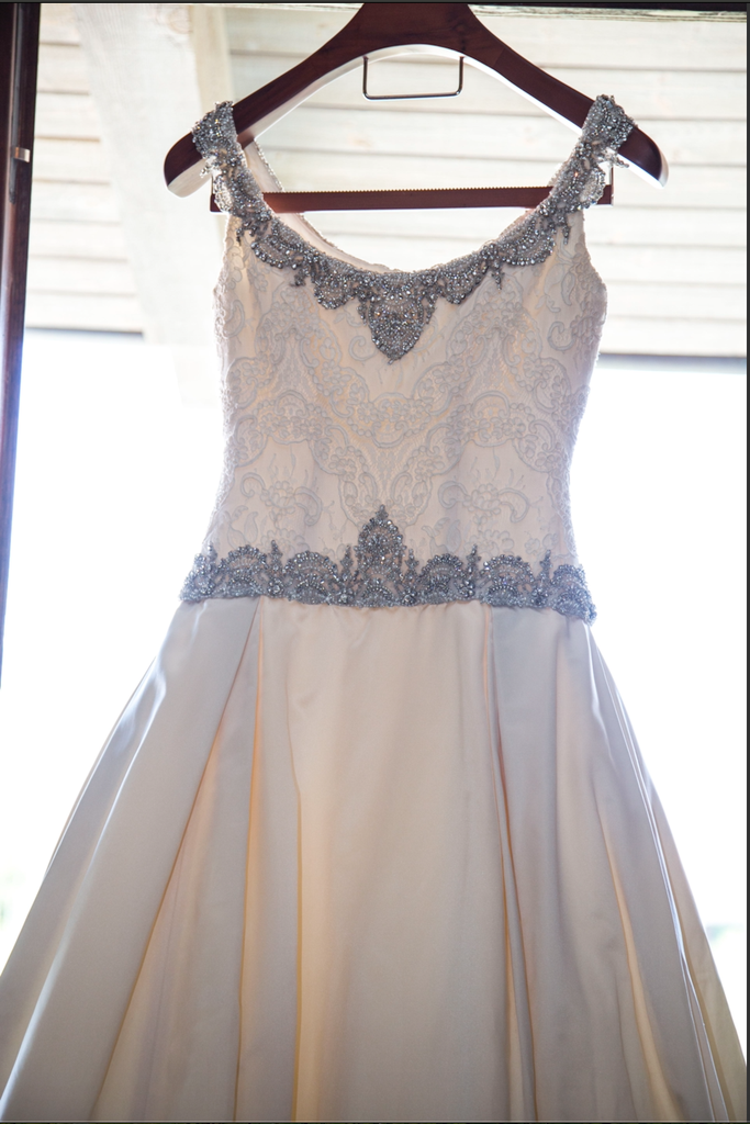 Judd Waddell 'Gwen' size 6 used wedding dress front view on hanger