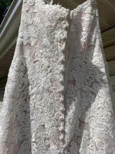 Essence Of Australia 'Moscato 6257' size 6 used wedding dress back view of dress