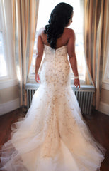 Mori Lee '2790' size 8 used wedding dress back view on bride