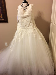 JLM Couture Alvina Valenta Floral & Tulle Wedding Dress - Alvina Valenta - Nearly Newlywed Bridal Boutique - 6
