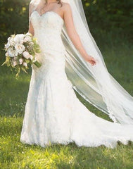 Vera Wang 'Gemma' size 4 used wedding dress front view on bride