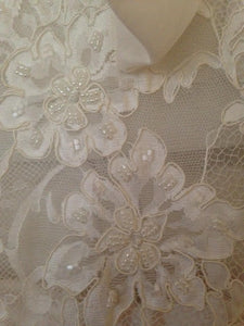 Pnina Tornai 'Lace Wedding Gown' - Pnina Tornai - Nearly Newlywed Bridal Boutique - 4