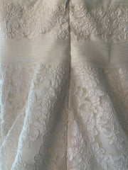 vias 'Basauri' size 6 new wedding dress back view on hanger