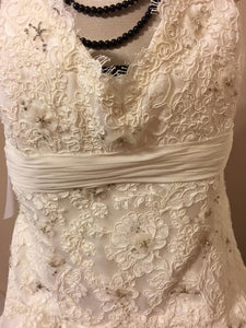 JLM Couture Alvina Valenta Floral & Tulle Wedding Dress - Alvina Valenta - Nearly Newlywed Bridal Boutique - 2
