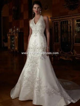 Load image into Gallery viewer, Custom '2001' size 12 new wedding dress front view on model