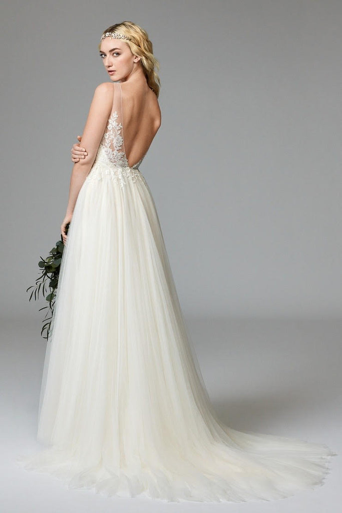 Watters 'Willowby' size 2 new wedding dress back view on model