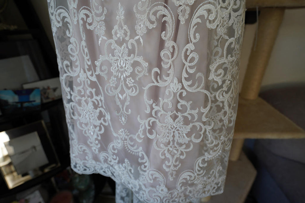 Chic Nostalgia 'Lennox' size 8 used wedding dress view of hemline
