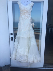 Carolina Herrera 'Andrea' - Carolina Herrera - Nearly Newlywed Bridal Boutique - 6