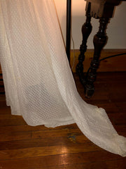 Carolina Herrera 'Chiffon' size 12 used wedding dress view of hem