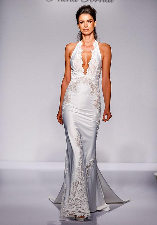 Pnina Tornai '4457' size 6 sample wedding dress front view on model