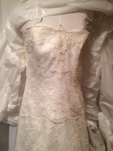 Monique Lhuillier 'Bliss' - Monique Lhuillier - Nearly Newlywed Bridal Boutique - 6