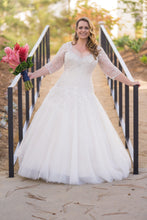 Load image into Gallery viewer, Sophia Tolli 'Y11637' size 16 used wedding dress front view on bride