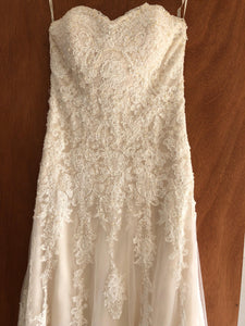 Maggie Sottero 'Viera' size 10 used wedding dress front view close up