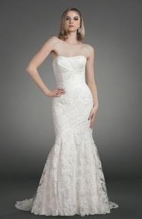 Enzoani 'Casablanca' size 6 new wedding dress front view on model