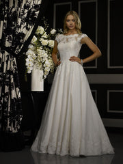 Robert Bullock 'Amaris' size 4 used wedding dress front view on model