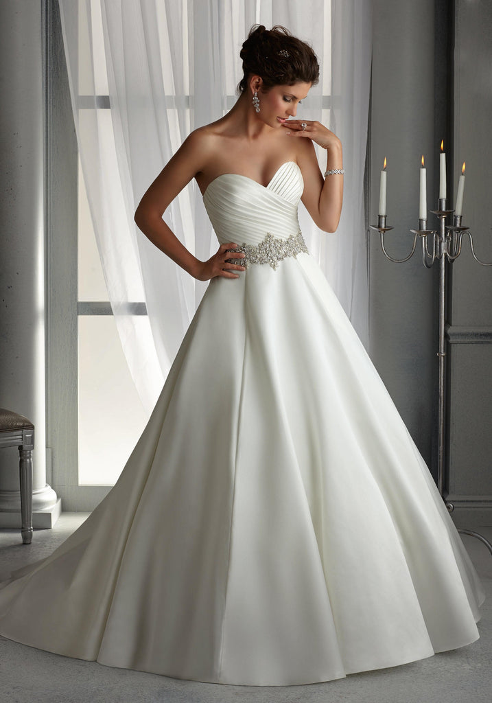 Mori Lee '5266' size 16 sample wedding dress front view on model