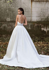 Justin Alexander 'Signature 9878' size 8 used wedding dress  back view on model