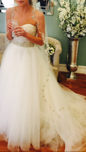 Load image into Gallery viewer, Monique Lhuillier '2 Piece' - Monique Lhuillier - Nearly Newlywed Bridal Boutique - 4