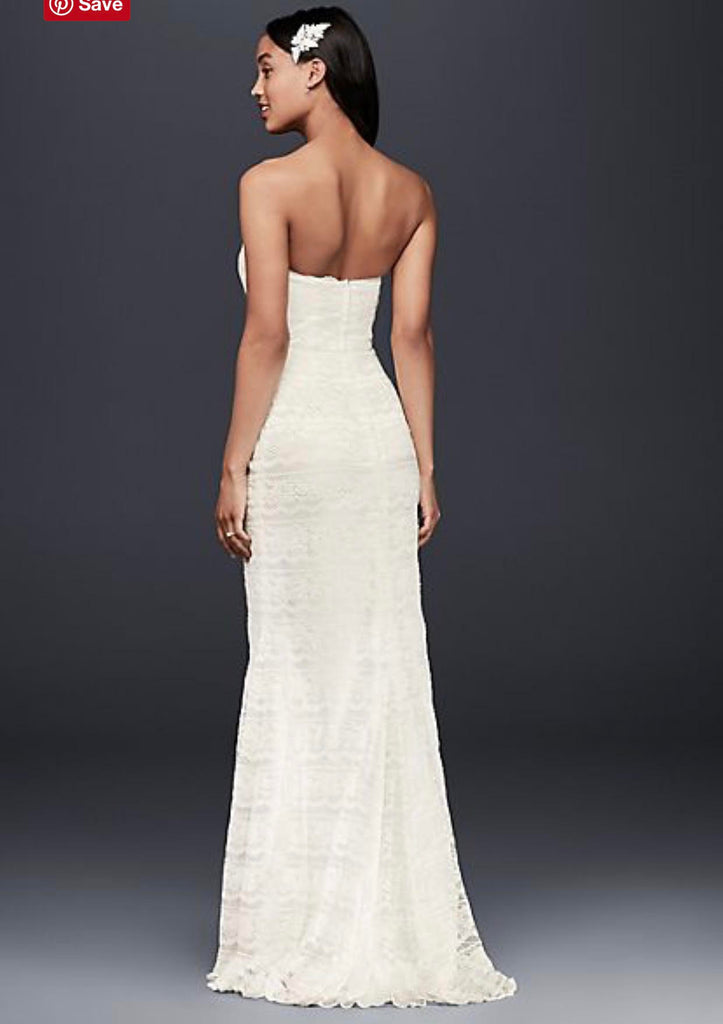 Vera Wang White 'Gallo' size 4 used wedding dress back view on model