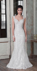 Justin Alexander 'Jazbride' size 18 used wedding dress front view on model