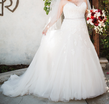 Load image into Gallery viewer, Sophia Tolli 'Prinia' size 18 used wedding dress front view on bride