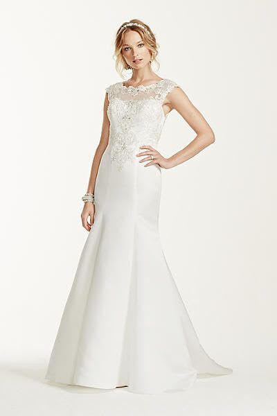 Jewel 'Cap Sleeve' size 4 new wedding dress front view on model