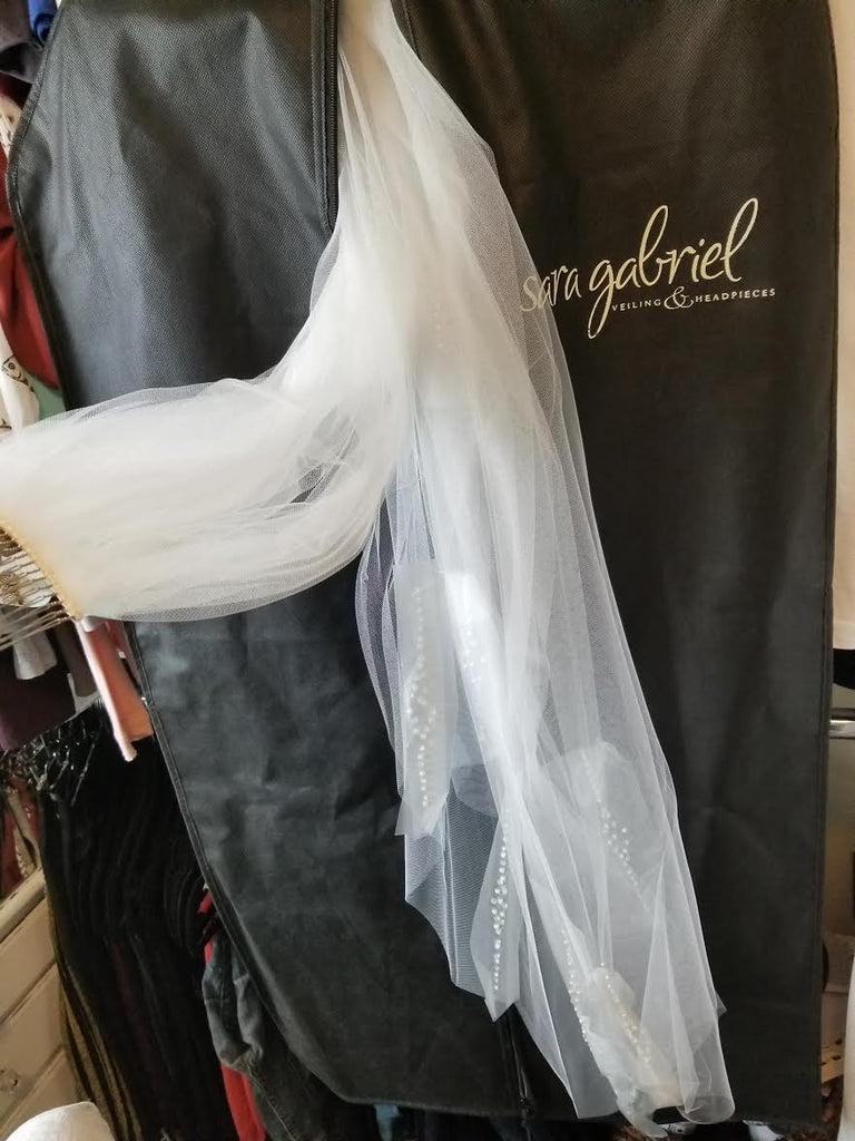 Jenny Yoo 'Magnolia' size 6 new wedding dress view of veil