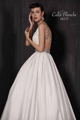 Calla Blanche 'Paulette' size 0 new wedding dress side view on model