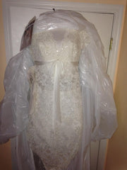 Pnina Tornai 'Lace Wedding Gown' - Pnina Tornai - Nearly Newlywed Bridal Boutique - 1