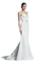 Load image into Gallery viewer, J. Mendel 'Valentine' - J. Mendel - Nearly Newlywed Bridal Boutique - 5