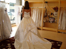 Load image into Gallery viewer, Kenneth Pool 'Aria' - Kenneth Pool - Nearly Newlywed Bridal Boutique - 3