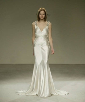 Vera Wang 'Silk V-Neck' - Vera Wang - Nearly Newlywed Bridal Boutique - 1