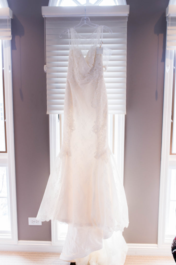 Amy Kuschel 'Monroe' size 0 new wedding dress front view on hanger