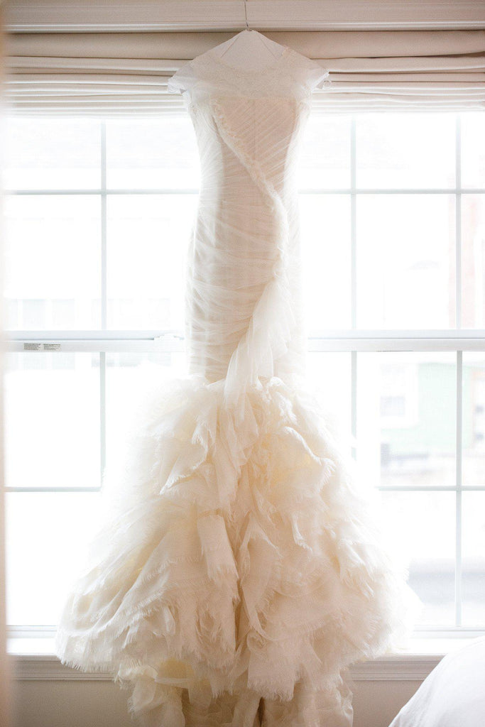Vera Wang 'June' Chantilly Lace Mermaid Wedding Dress - Vera Wang - Nearly Newlywed Bridal Boutique - 1