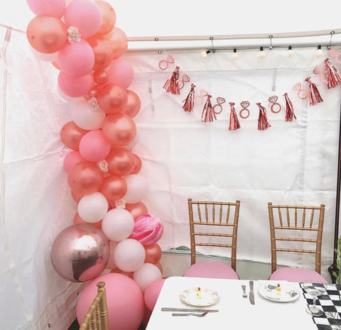 Mixed pink floral balloon garland kit