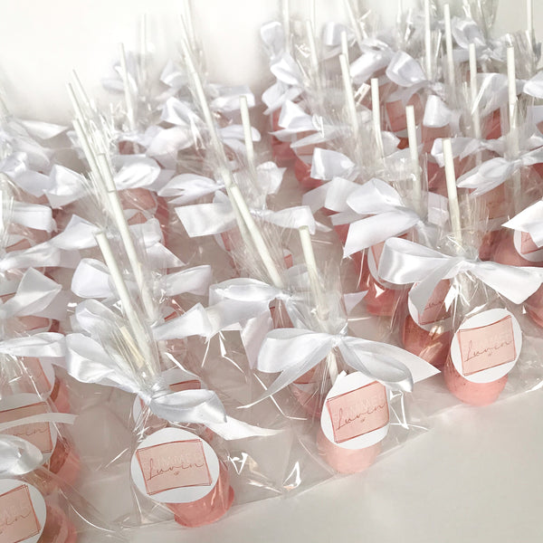 Cake pops with personalised stickers