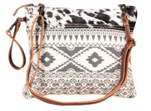 Load image into Gallery viewer, Classic Crossbody small bag